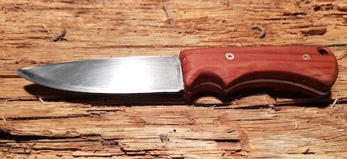 Fertiges selbst gebautes Messer
