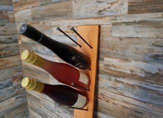 Flaschenregal aus Holz selbst gebaut