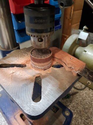 Holzgriff geschliffen